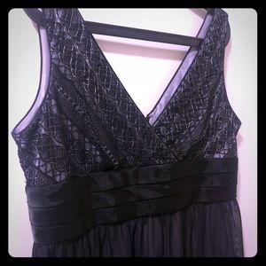 Dresses & Skirts - Size 14P little black dress